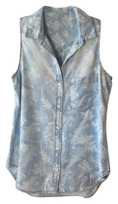 Preload https://item1.tradesy.com/images/anthropologie-demin-blue-palm-chambray-shirt-blouse-by-cloth-and-stone-new-s-tank-topcami-size-2-xs-5550385-0-4.jpg?width=400&height=650