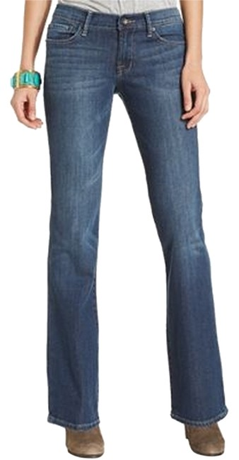 Preload https://img-static.tradesy.com/item/5551024/lucky-brand-medium-wash-sweet-n-low-straight-leg-jeans-size-26-2-xs-0-0-650-650.jpg