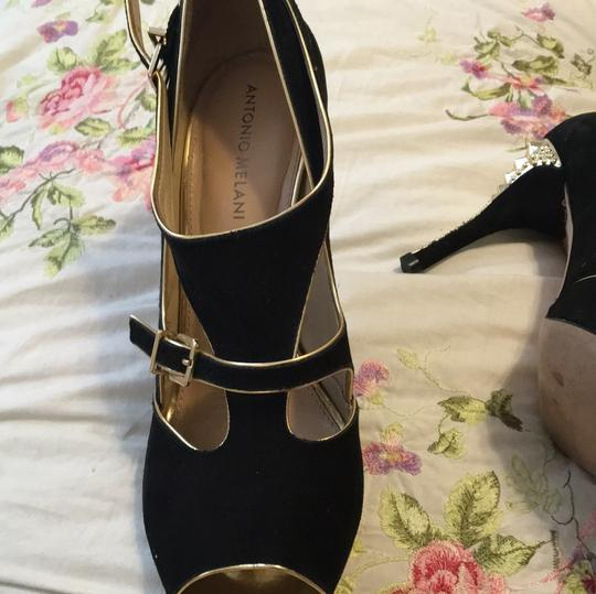 Antonio Melani Black Gold With Raised Etched Heel Pumps