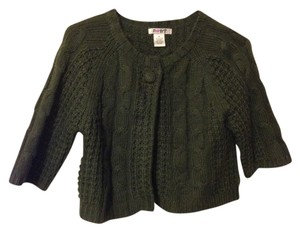 Pout Knit Button 3/4 Length Sleeve Sweater