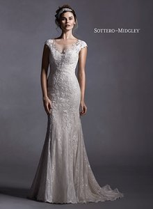 Maggie Sottero Quinlynn Wedding Dress