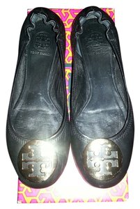 Tory Burch Reva Leather Ballet Slippers Black / Gold Flats