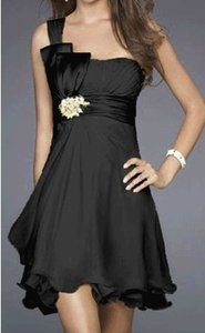 Black Chiffon One Shoulder Pleated W/ Rhinestones Feminine Bridesmaid/Mob Dress Size 4 (S)