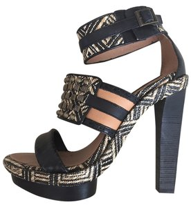BCBGMAXAZRIA Black/Nude/Gold Platforms