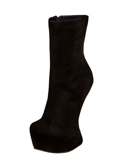 Giuseppe Zanotti Exaggerated Platform No Heel Wedge Black Boots