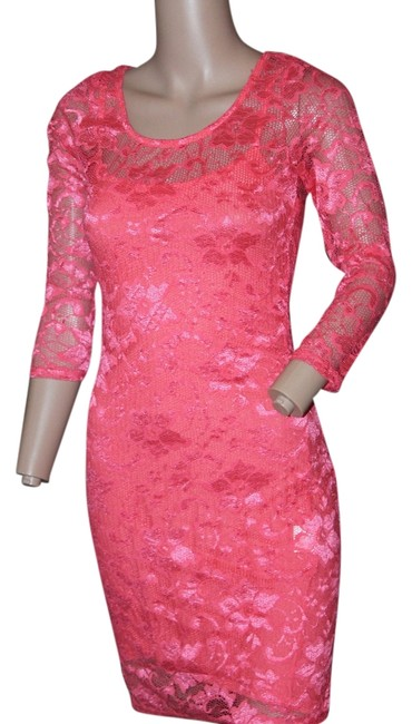 Preload https://item4.tradesy.com/images/coral-mini-night-out-dress-size-6-s-5559478-0-0.jpg?width=400&height=650