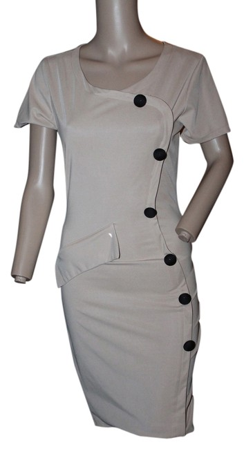 Preload https://img-static.tradesy.com/item/5559754/beige-black-above-knee-workoffice-dress-size-8-m-0-0-650-650.jpg