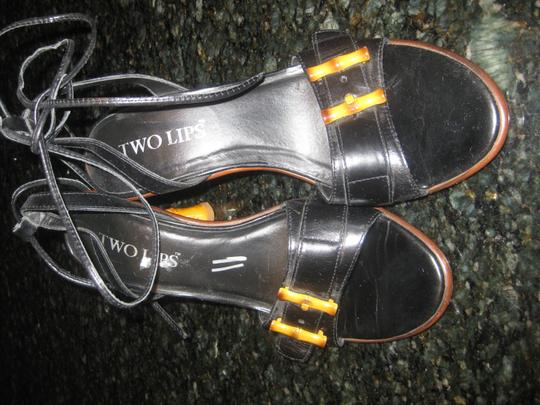 Two Lips Black Leather W/Bamboo Trim Heels Sandals