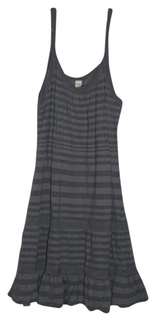 Preload https://item1.tradesy.com/images/old-navy-blue-and-gray-stripes-above-knee-short-casual-dress-size-12-l-5560495-0-0.jpg?width=400&height=650
