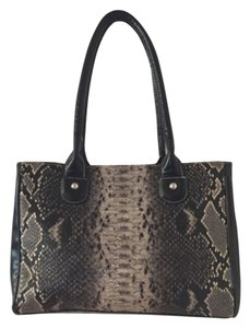Wilsons Leather Tote in Black