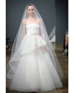Monique Lhuillier Monique Lhuillier Bridal Wedding Dress