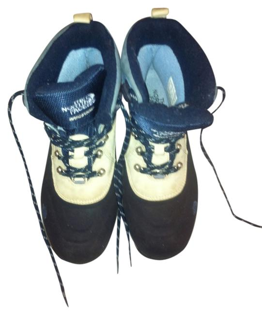 Item - Grey/Black Boots/Booties Size US 7.5
