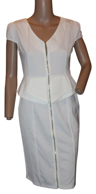 Preload https://item3.tradesy.com/images/white-above-knee-workoffice-dress-size-8-m-5564632-0-0.jpg?width=400&height=650