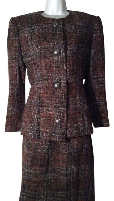 Preload https://item2.tradesy.com/images/givenchy-multicolor-wool-look-at-measurements-skirt-suit-size-os-one-size-5567461-0-0.jpg?width=400&height=650