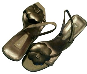Enzo Angiolini Strappy bronze Sandals