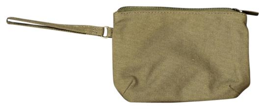 Unknown Wristlet in Camo Green