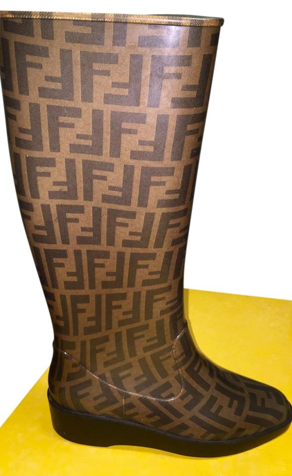 woman Fendi feeling Brown Zucca Boots/Booties Pleasant feeling Fendi 9ba4ac