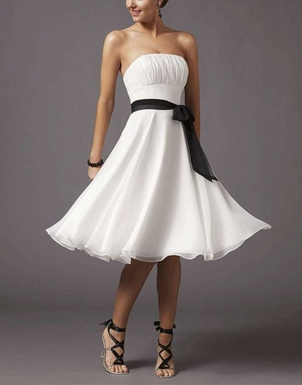 White Chiffon Pleated Bust W/ Sash Casual Bridesmaid/Mob Dress Size 14 (L)