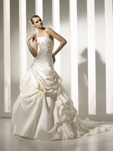 Pronovias Melbourne Wedding Dress