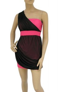 Pink Black Chiffon Polyester One Shoulder Overlay Short Modern Bridesmaid/Mob Dress Size 12 (L)