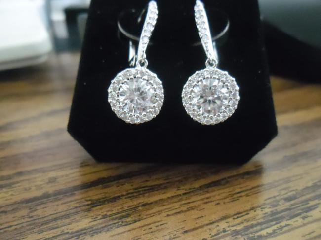 Item - Clear New Halo Crystal Earrings