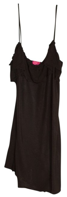 Preload https://item5.tradesy.com/images/black-tank-topcami-size-8-m-557514-0-0.jpg?width=400&height=650