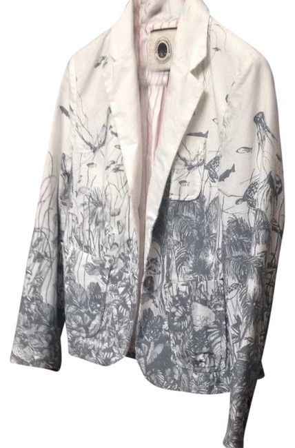 Preload https://item3.tradesy.com/images/anthropologie-white-gray-blazer-size-2-xs-557547-0-0.jpg?width=400&height=650