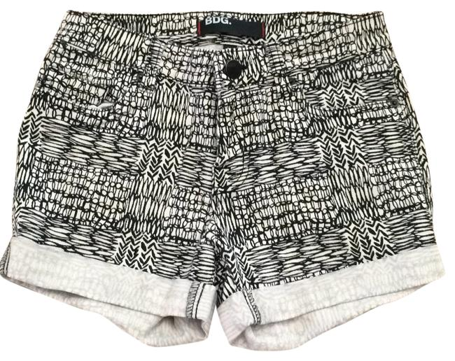BDG Mini/Short Shorts Black and white