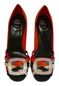 Roger Vivier Viviver 39 Red Pumps