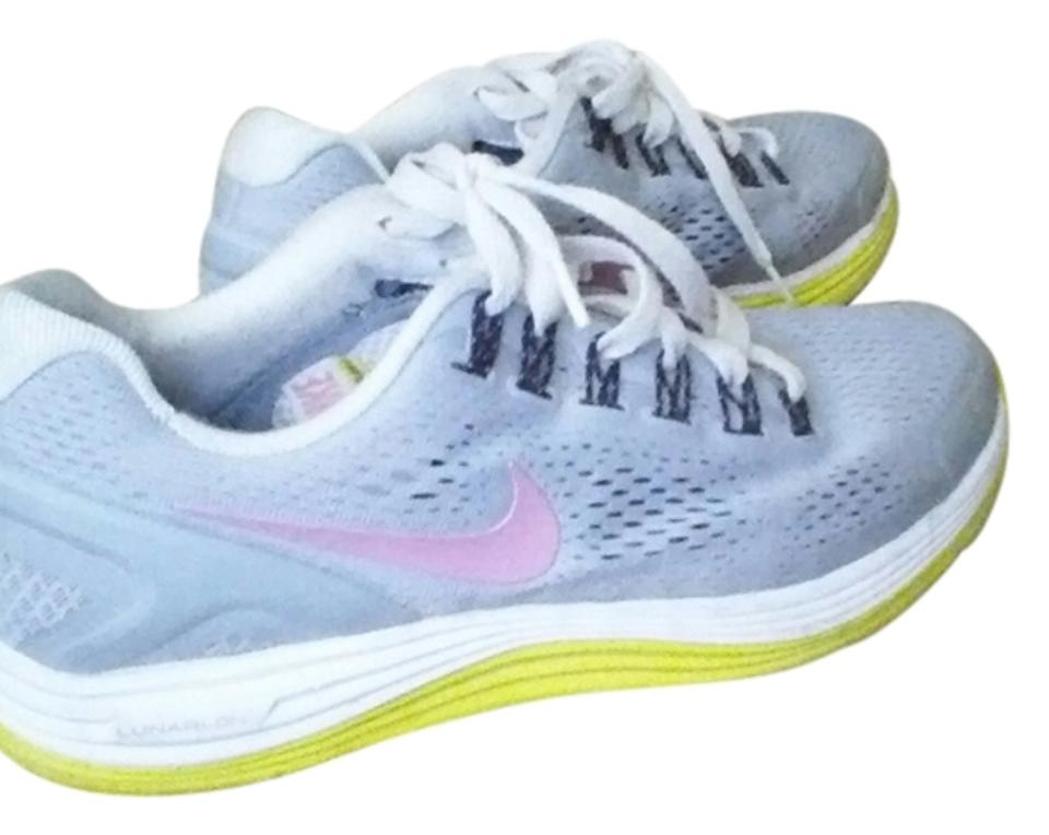 1d3a17fe8edd Nike Gray White Pink Lime Green Lunarglide 4 Sneakers Size US 7.5 ...