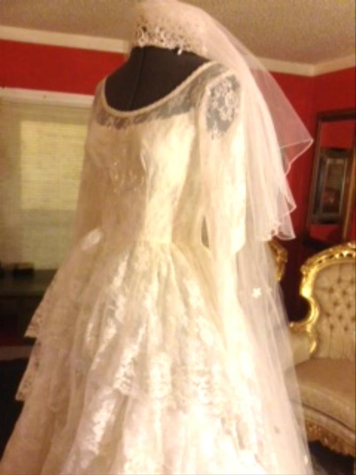 Vintage style alecon lace wedding dress tradesy weddings for Vintage wedding dresses houston