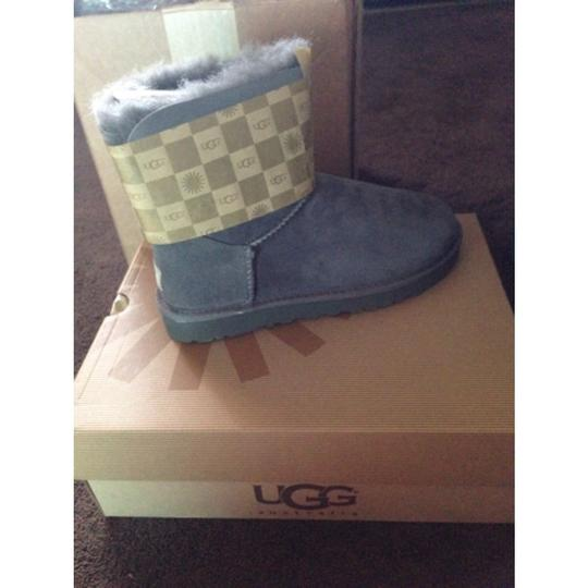 UGG Australia Pale Dolphin blue Boots