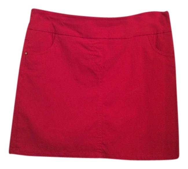 Item - Red Activewear Bottoms Size 8 (M, 29, 30)