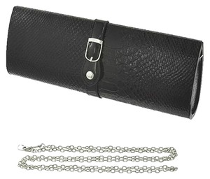 Comac Black Clutch