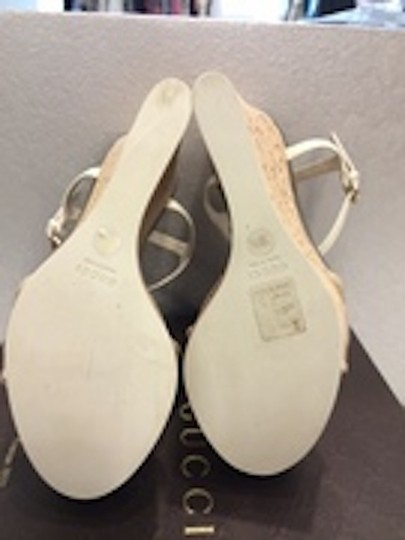 Gucci Platform off white and gold Wedges