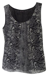 Gianetta Snake Print Python Animal Print Sleeveless Small Scoop Neck Top Black / White