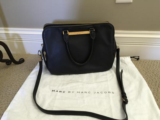Marc by Marc Jacobs Comes With Dust Satchel in Black