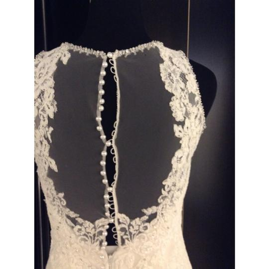 Allure Bridals Ivory Lace C280 Formal Wedding Dress Size 6 (S)