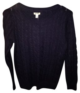 Old Navy Crew Neck Buttons Sweater