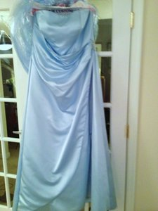 David's Bridal Blue Satin Gown with Drape Brooch Style 8567 Formal Bridesmaid/Mob Dress Size Other