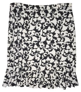 White House | Black Market Skirt Black and White