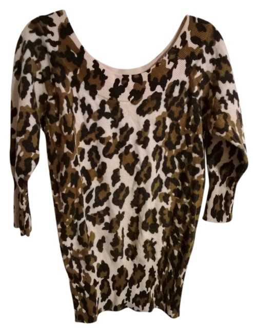 Preload https://item1.tradesy.com/images/lucky-brand-leopard-sweaterpullover-size-10-m-559355-0-0.jpg?width=400&height=650