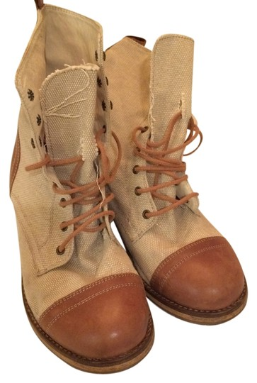 Preload https://item4.tradesy.com/images/beige-with-cognac-leather-bootsbooties-size-us-8-regular-m-b-5594698-0-0.jpg?width=440&height=440