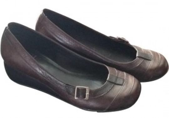 Preload https://item3.tradesy.com/images/gianni-bini-brown-leather-flats-size-us-75-5597-0-0.jpg?width=440&height=440