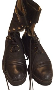 Privileged Blac Boots