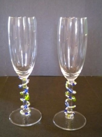 Preload https://item5.tradesy.com/images/clear-champagne-flutes-with-beaded-stems-56019-0-0.jpg?width=440&height=440