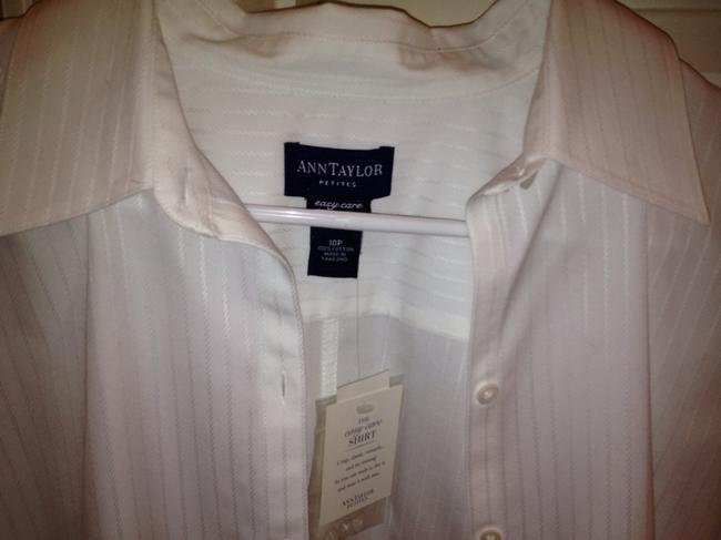 Preload https://item4.tradesy.com/images/ann-taylor-top-white-560213-0-0.jpg?width=400&height=650