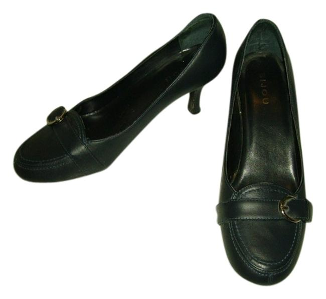 Item - Navy Silver Buckle Pumps Size US 8