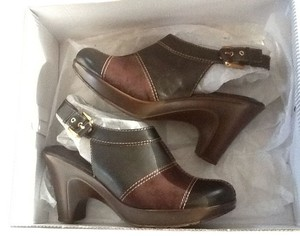 Tommy Hilfiger Brown Mules