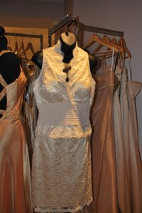 Cassandra Stone Ivory Lace Suit Feminine Bridesmaid/Mob Dress Size 8 (M)
